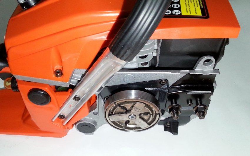 Мы ремонтируем популярные модели бензопил Калибр
