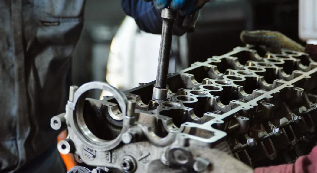 Где провести ремонт двигателя
